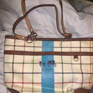 leather mint conditino coach purse